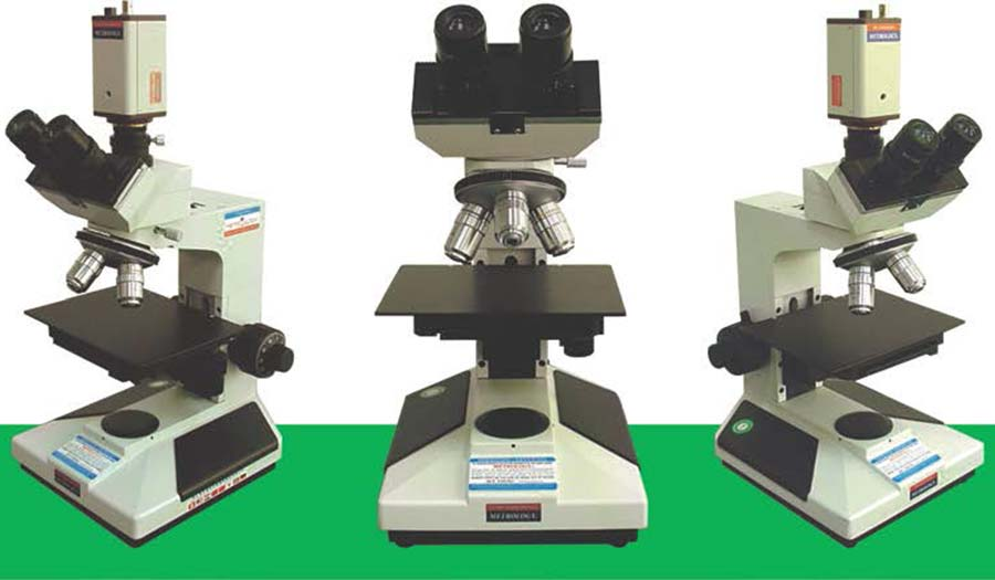 Tri_objektivni_metalurski_mikroskop